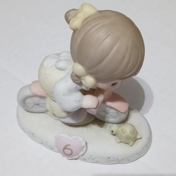 Precious Moments Growing in Grace - Age 6 Figurine